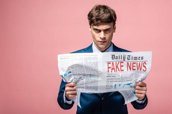 Ряд телеграм-каналов ложно сообщил о закрытии «Медузы», авторы проекта информацию опровергли
