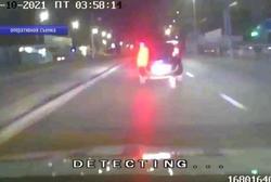Уезжавший от полиции пьяный водитель повредил 3 машины