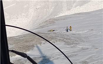 Тела еще двух туристов из Зеленогорска нашли на месте схода лавины в Саянах