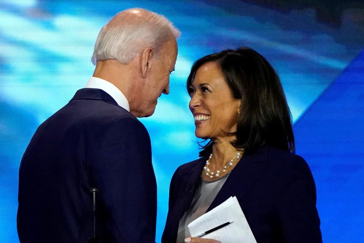 Первая женщина – вице-президент США. Кто такая Камалия Харрис