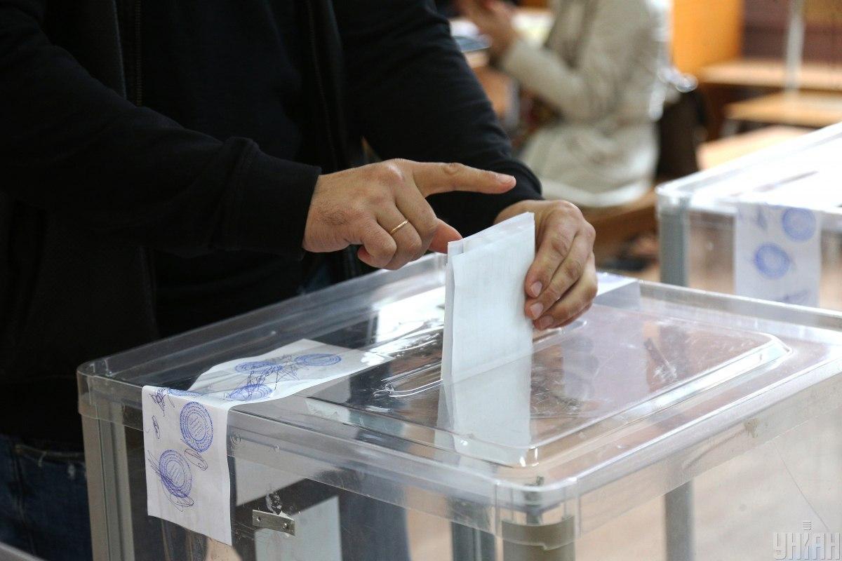 По состоянию на 13:00 явка на выборах мэров составила почти 13% – ЦИК