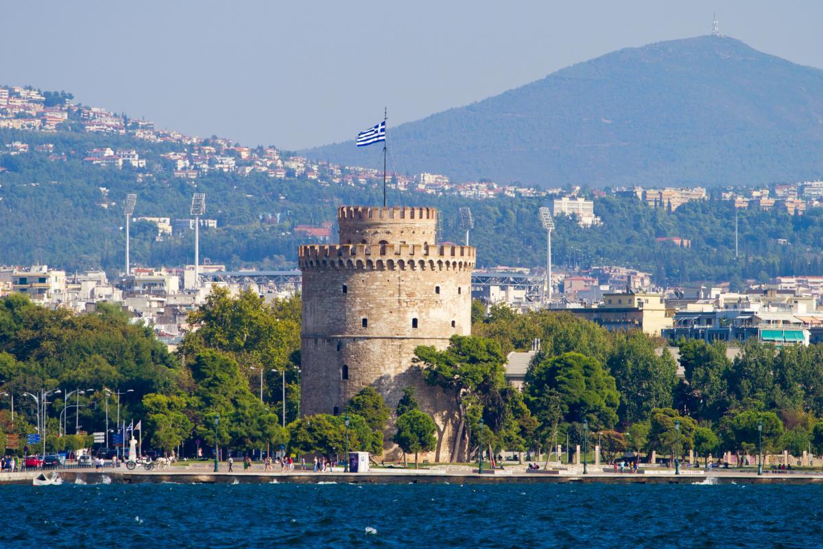 SkyUp будет летать еще в один популярный туристический город в Греции
