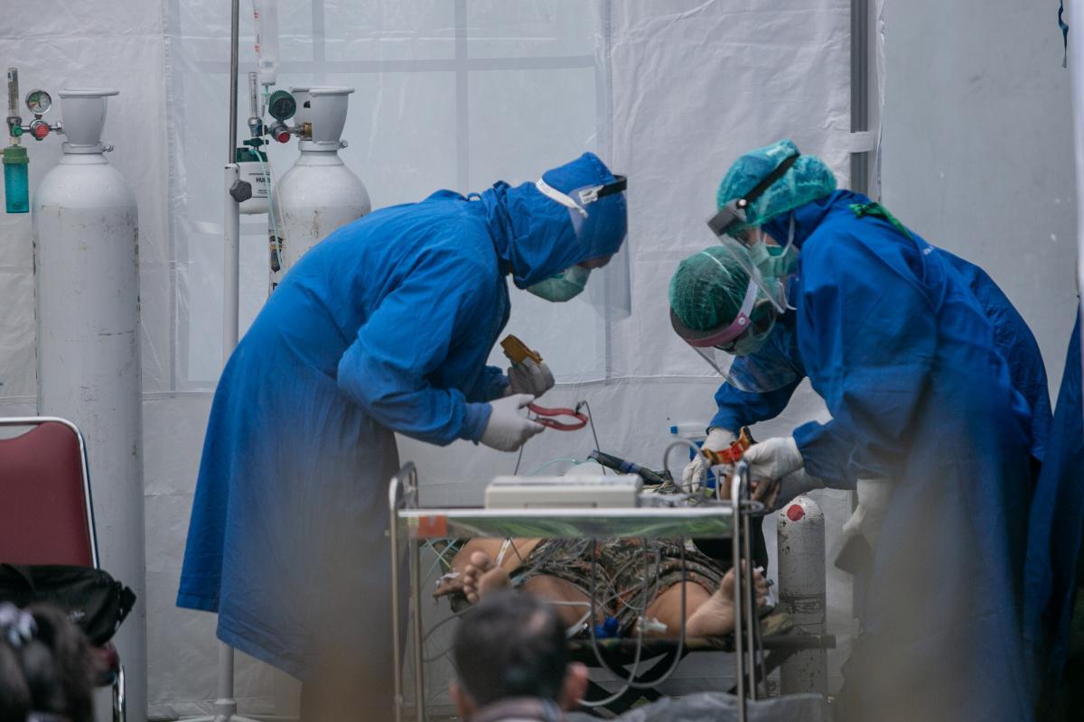 Как в России: эпидемиолог предупредил о новом всплеске COVID-19 в Украине в августе