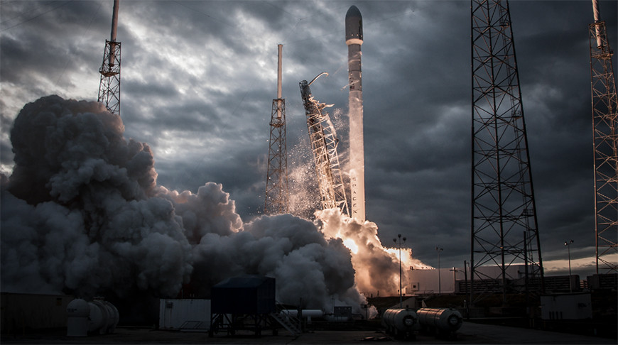 Компания SpaceX выполнила очередной запуск ракеты Falcon 9 с микроспутниками Starlink. Nfre