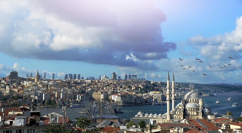 В Турции с 7 мая вновь ужесточаются карантинные ограничения
