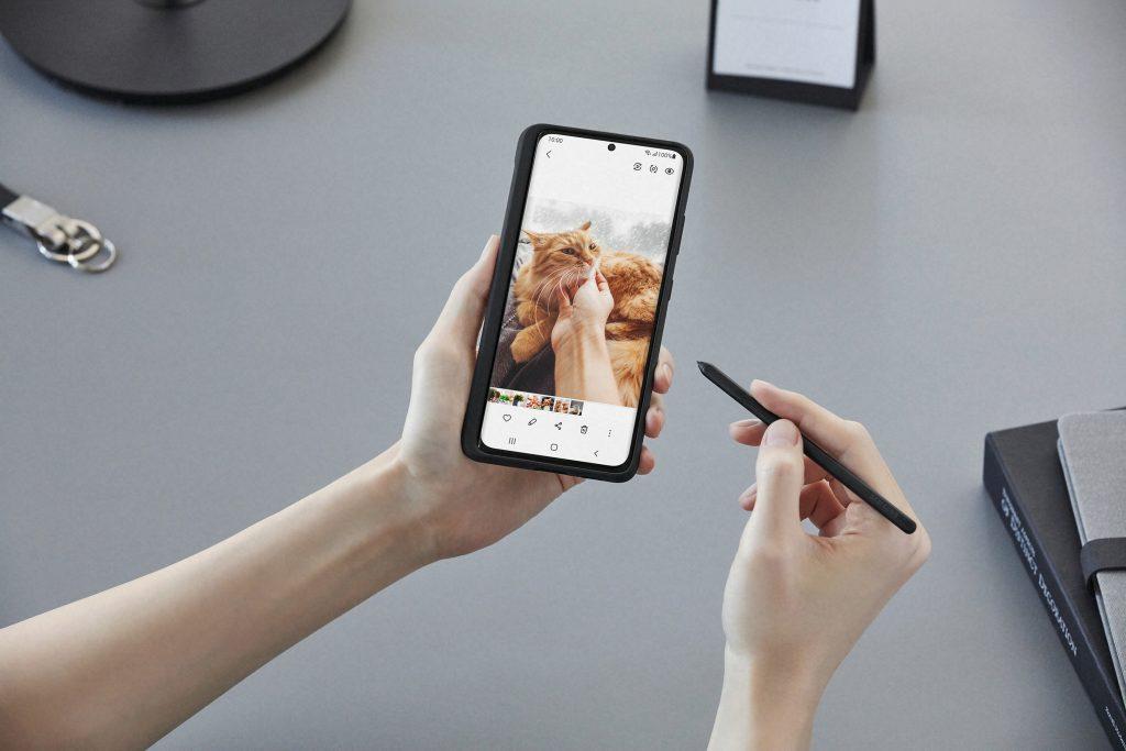 Samsung представил новую линейку смартфонов Galaxy S21