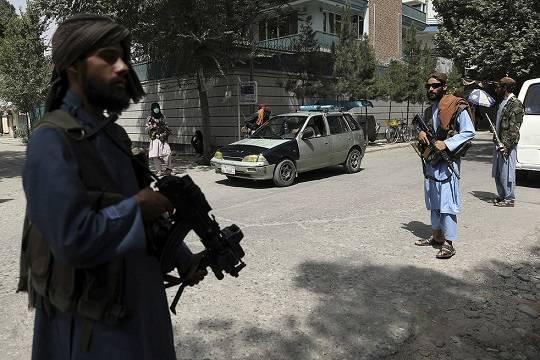 Reuters: не менее трёх человек погибли при обстреле талибами мирных демонстрантов
