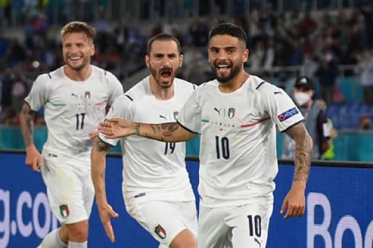 Счет на Евро-2020 впервые в истории открылся автоголом: сборная Италия разгромила команду Турции в матче-открытии