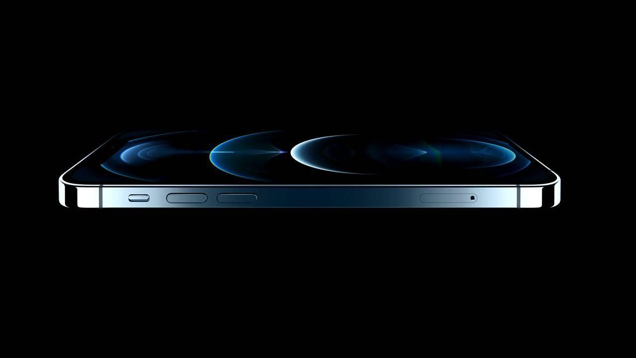 Селфи-камера iPhone 12 Pro проиграла конкурентам Huawei и Samsung