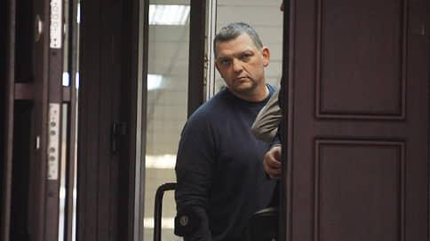Мосгорсуд поддержал меньшевика // Оправданного в убийстве не вернули в СИЗО
