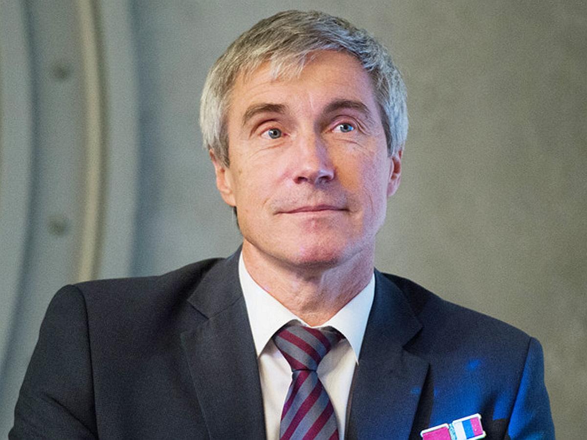 Увольнение космонавта Крикалева СМИ связали с критикой съемок фильма на МКС