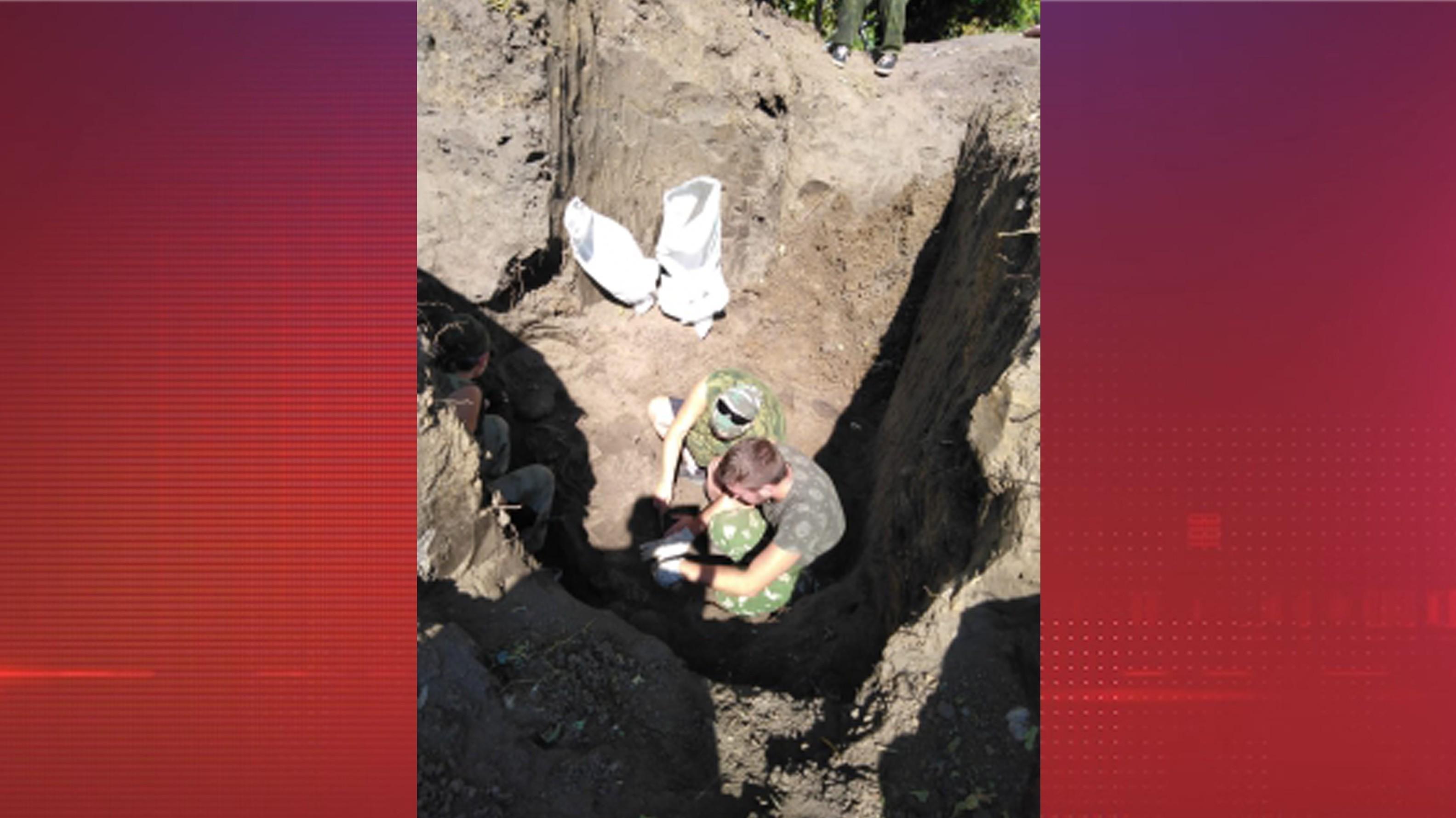 Массовое захоронение не менее 29 человек найдено в Курске