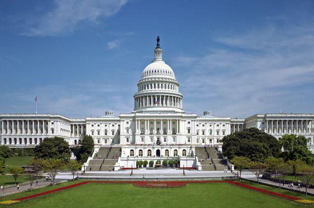 Американский сенатор-демократ назвал безрассудным шагом выход США из ДОН