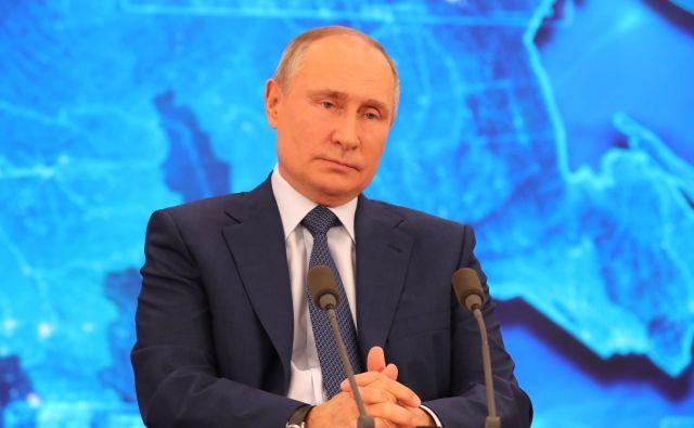 Путин поручил минимизировать плановые проверки бизнеса