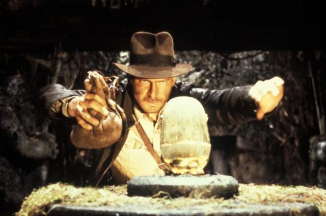 Как украсть артефакт. Откуда взялся Индиана Джонс?