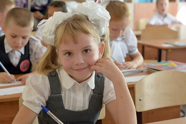 В Роскачестве рассказали, как выбрать школьную форму