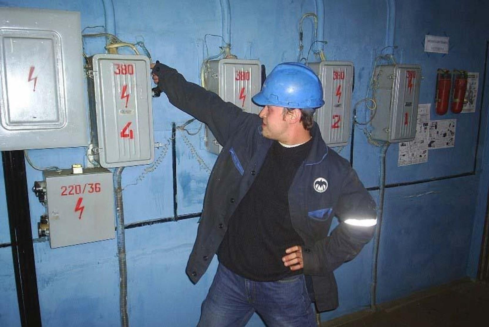 Энергетикам удалось восстановить энергоснабжение пригорода Владивостока