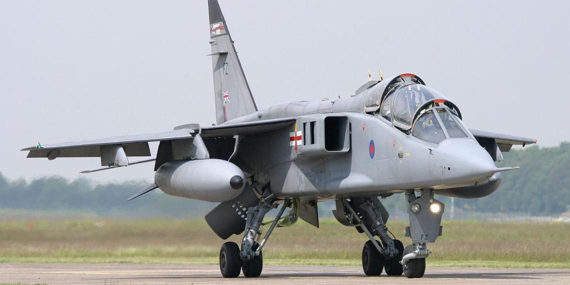 Великобритания возвращается к тактике времен холодной войны из-за 'российской угрозы'