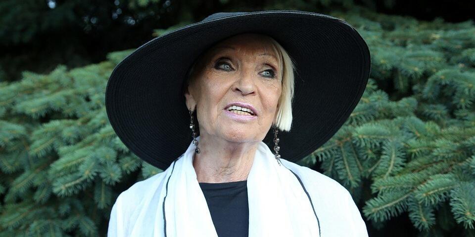 'Подозрительно исчезла': 80-летняя Светличная встревожила друзей, перестав выходить на связь