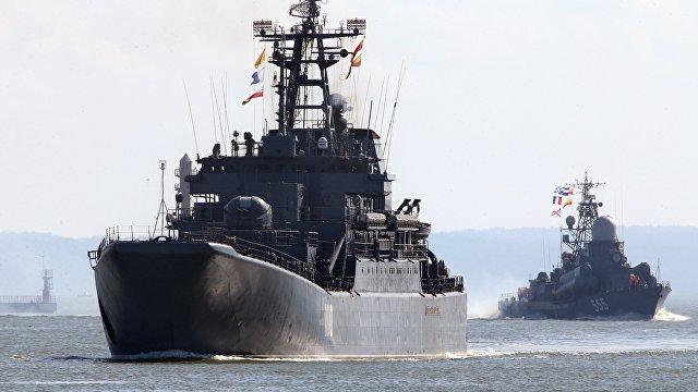 Факти (Болгария): российский командир обокрал свой корабль