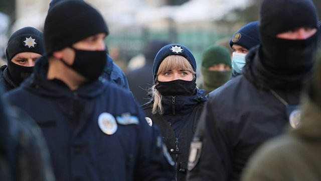 Десятки пострадавших и задержанных: как в Киеве штурмовали Офис президента (Вести, Украина)