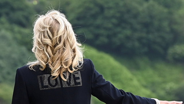 Fox News (США): первая леди сказала, что Байден «сверхготов» к поездке в Европу, и что они несут из Америки любовь