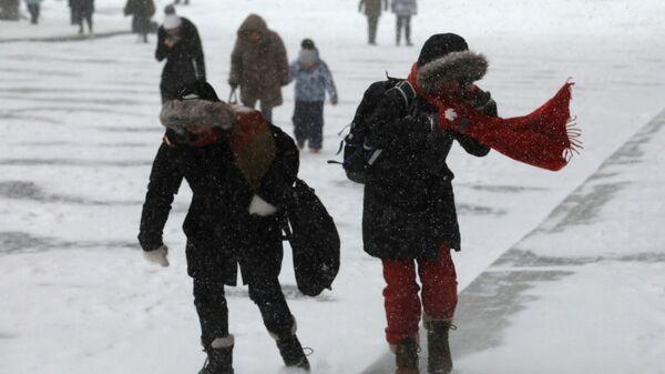 Россиянам пообещали погодный 'букет неприятностей'