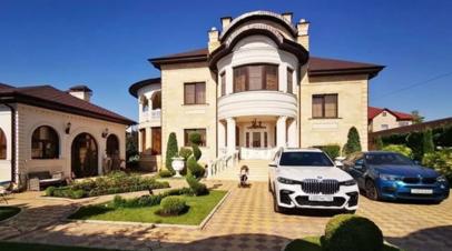 Глава ГИБДД Ставрополья заявил о непричастности к дизайну своего особняка