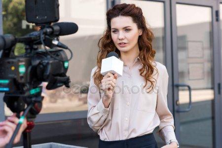 Адвокат рассказал, могут ли уволить сотрудника за драку на работе