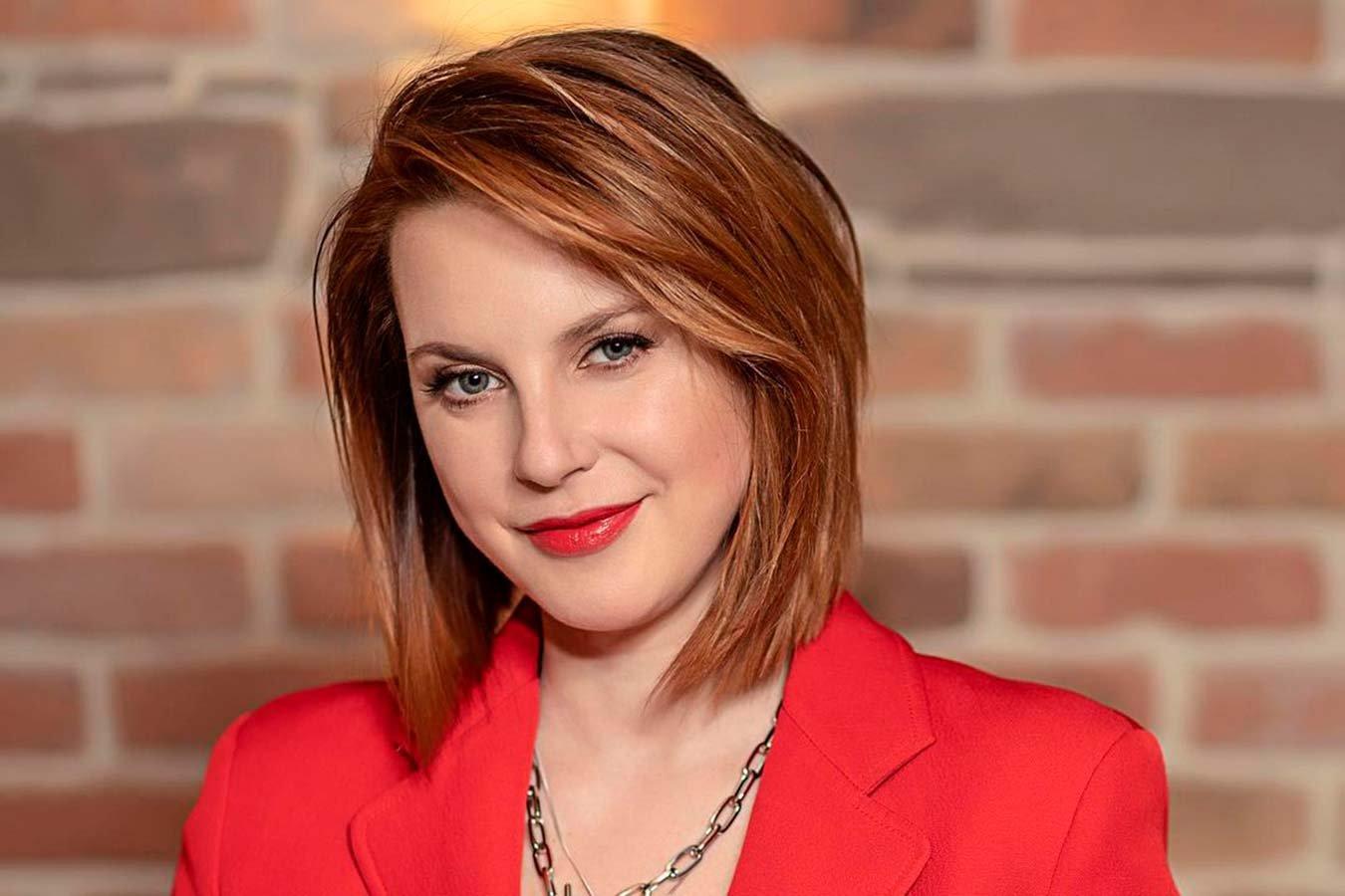Ирина Слуцкая попросила подписчиков помочь решить её спор с мужем