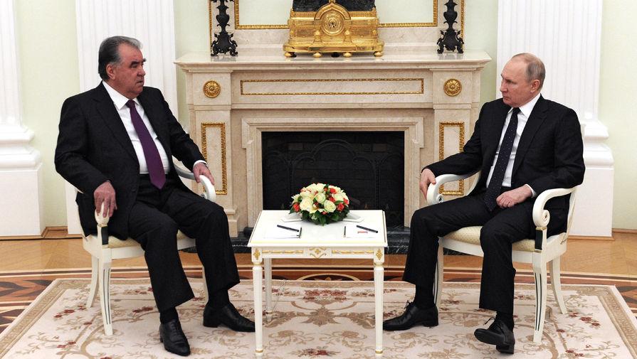 Путин и президент Таджикистана обсудили ситуацию в Афганистане