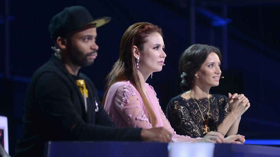 Съемки шоу 'Танцы' приостановлены из-за коронавируса