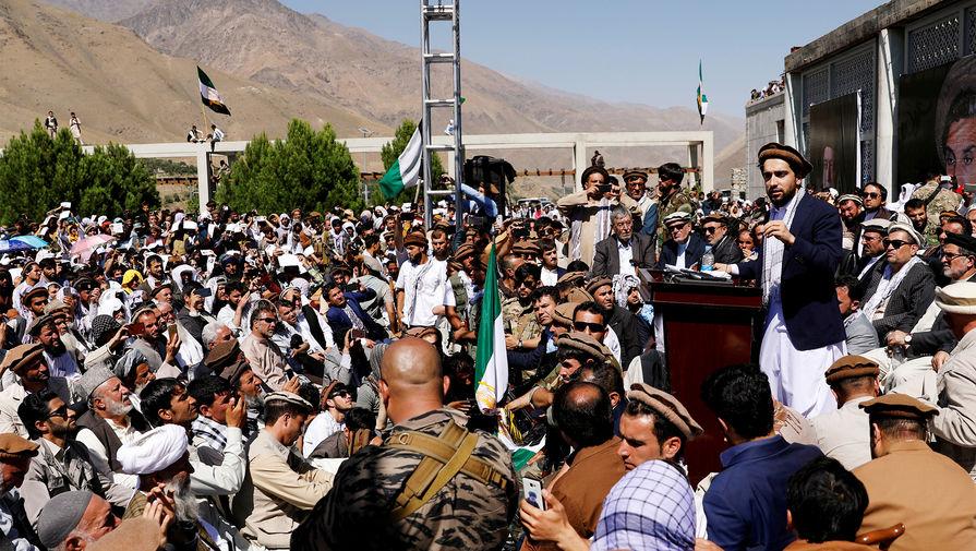В США сообщили о возобновлении эвакуации афганцев после их вакцинации от кори