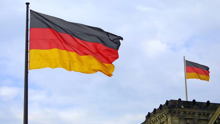 СМИ сообщили о планах Меркель ввести в Германии 'мегалокдаун'