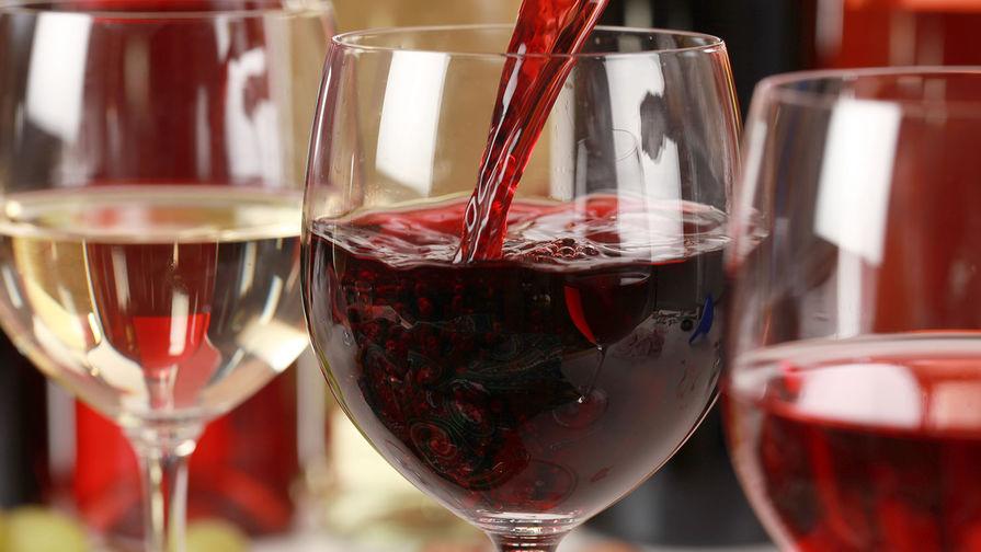 В Роскачестве заявили, что доставка вина почтой повысит его качество