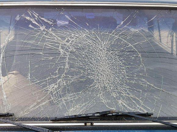 В Липецке дама за рулем протаранила машину с ребенком и танцевала и пела, пока пострадавших грузили в «скорую»