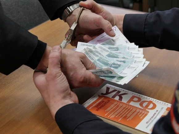 Экс-глава Минтранса Алтайского края задержан за взятку в 5 млн рублей