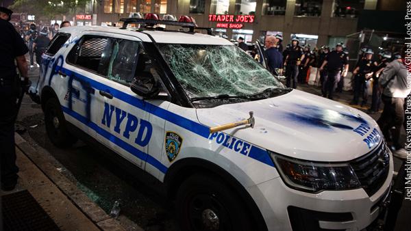 Полицию Нью-Йорка обвинили в чрезмерном применении силы при погромах