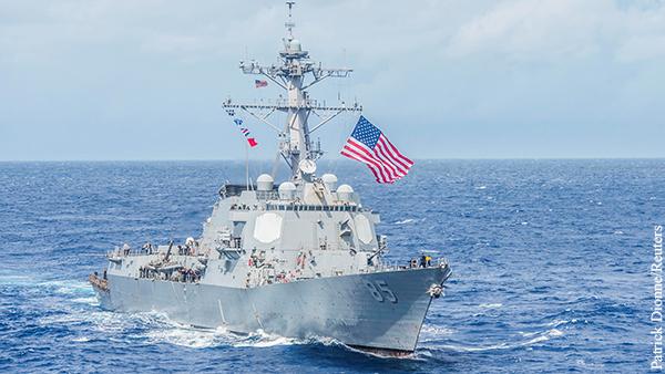 Вице-адмирал призвал проучить корабли США в Черном море