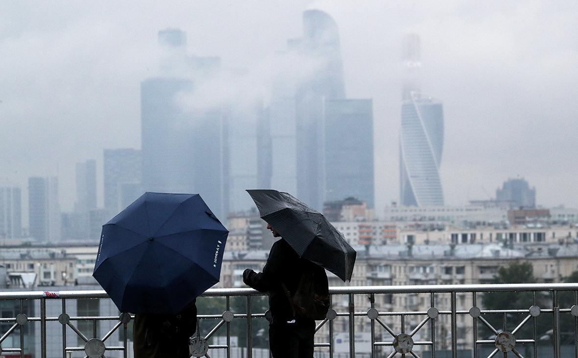Перед второй волной пандемии эксперты оставили в зоне риска 35 банков