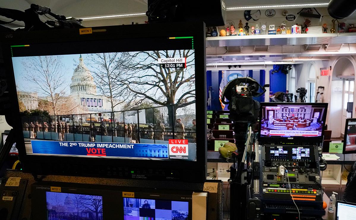 СМИ узнали об отказе сената рассмотреть импичмент Трампа до инаугурации