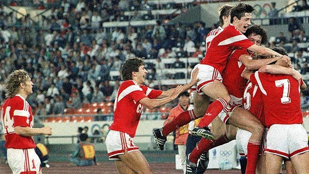 Как футболисты СССР без шансов вынесли Америку на Олимпиаде. А потом еще и получили от нее помощь