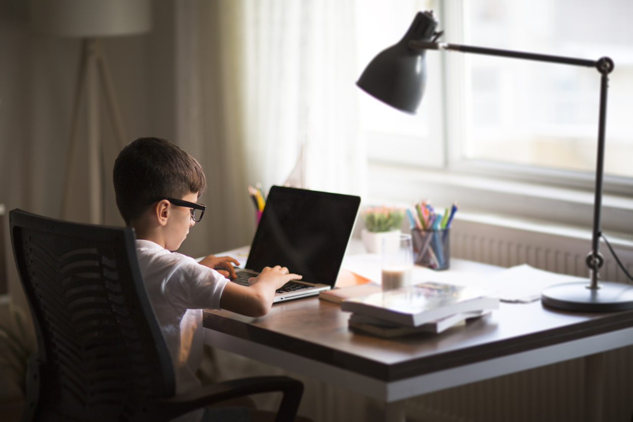 Эксперт рассказал, какие три черты характера надо развивать в детях. Все остальное — пустая трата времени