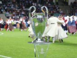 Завалили чемпионат ради победы в Лиге чемпионов - четыре интригующие истории