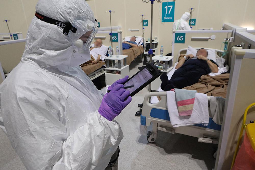 В России за сутки выявили менее 23 тысяч новых случаев коронавируса