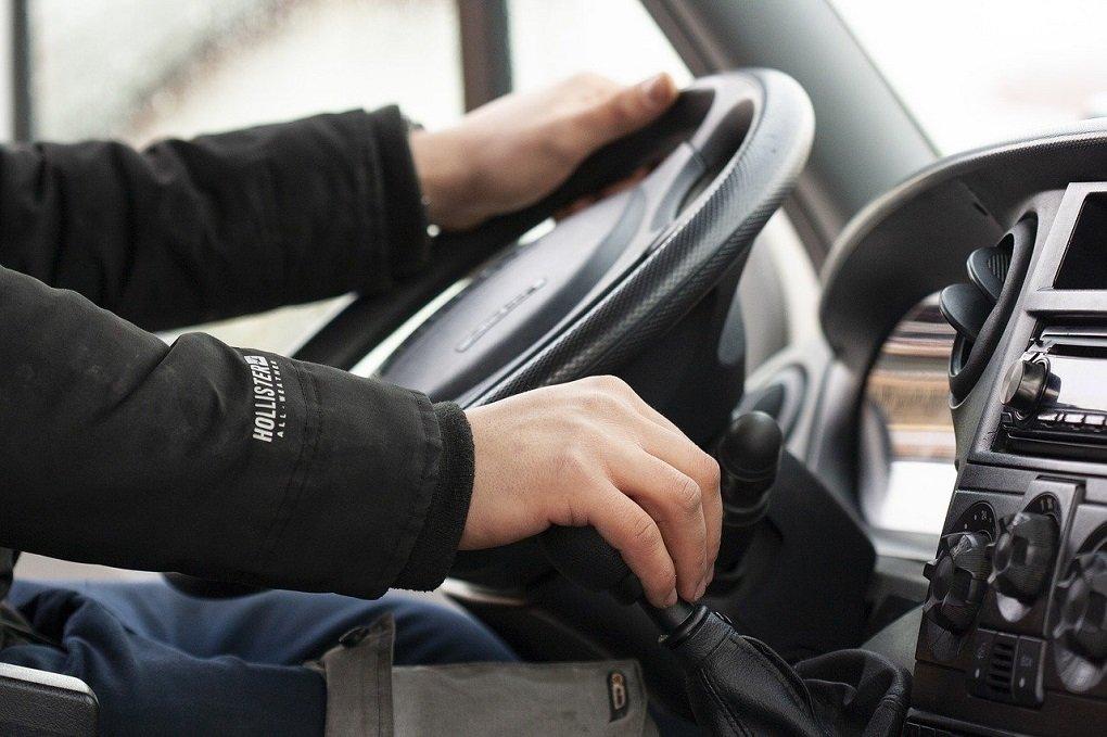 Автостраховщики выяснили, какие знаки зодиака реже других попадают в ДТП